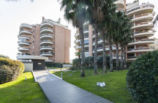 """Nuove costruzioni, complesso Rinascimento III """"Belvedere le rose"""", terrazzo vista parco, cantina e box auto"""