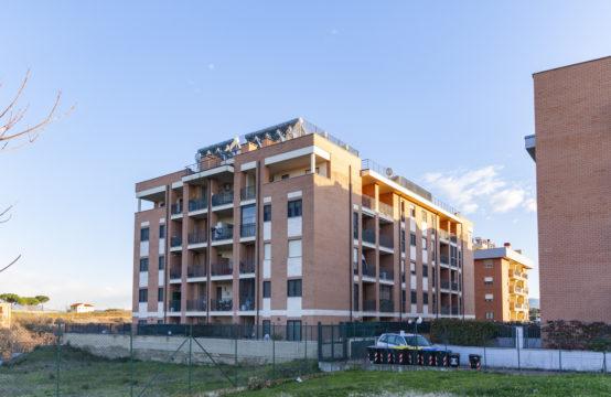Recenti costruzioni, ultimo piano con terrazzo, cantina e posto auto